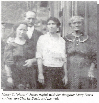 DAVIS Nancy C Jessee w dau Mary son Charles and wife Kate