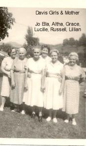 DAVIS JoElla, Grandma, Grace, Lucille, Russell, Lillian